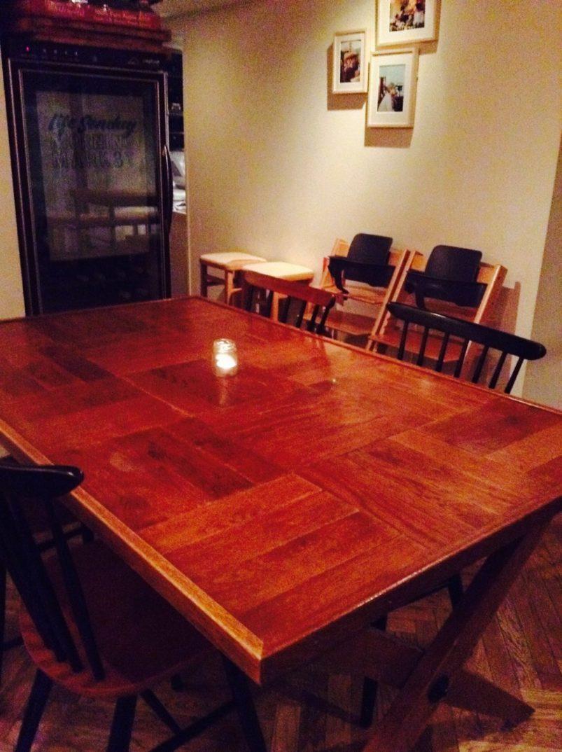 カフェのテーブル
