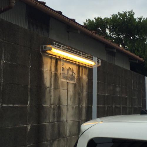 金網の照明器具