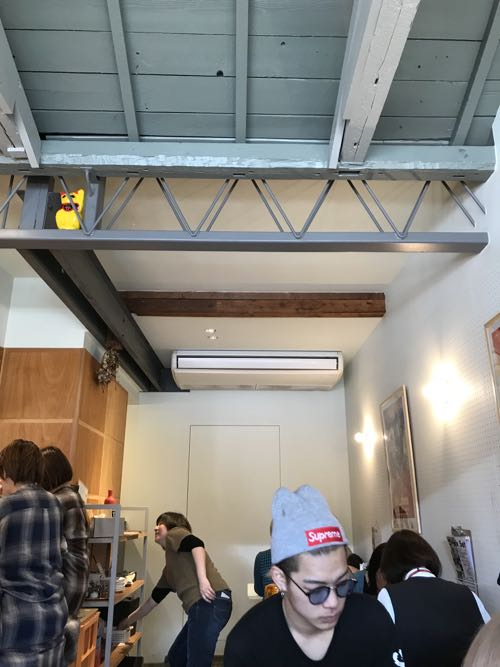 飲食店の天井