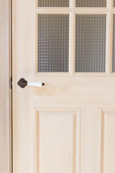 かわいいドアとドアノブパーツ
