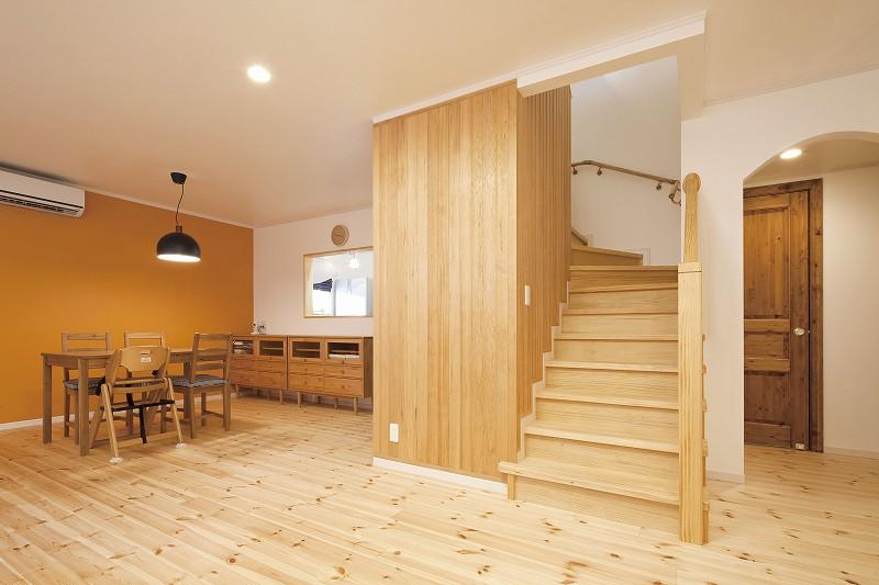 木材を生かした室内