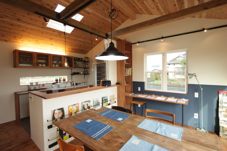 板天井の家
