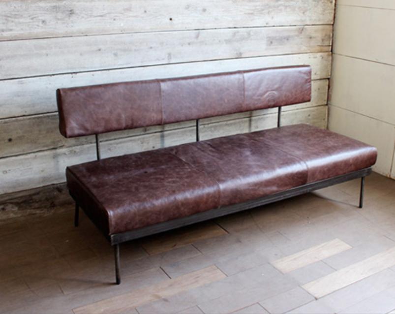 レザーのソファー