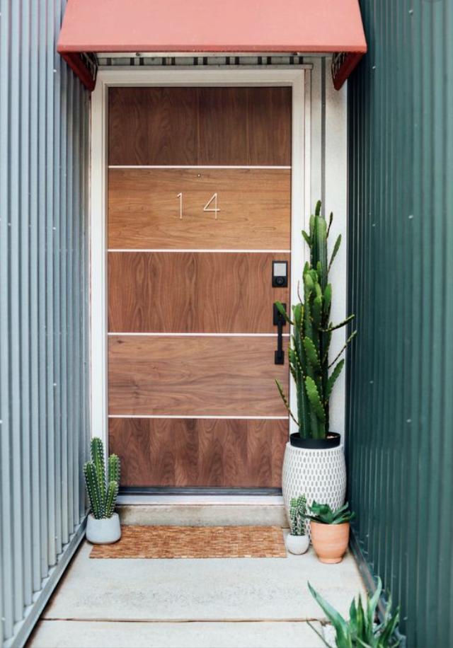 横ラインのドア