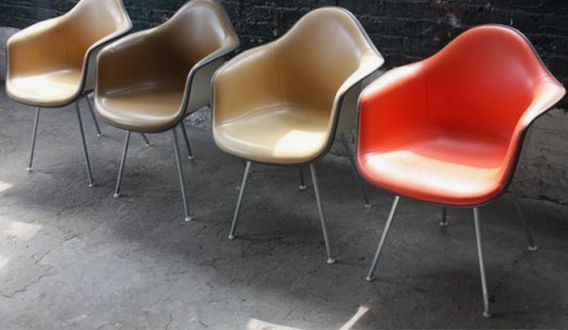 座り心地がいいイームズの椅子
