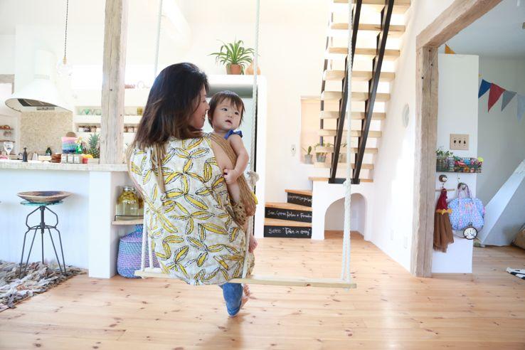 家族でくつろげる自然素材の家
